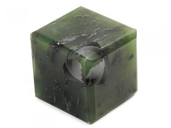 Нефрит кубик- пиленый